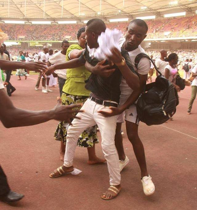 Young Nigerians were left scrambling for documents during the NIS recruitment exercise