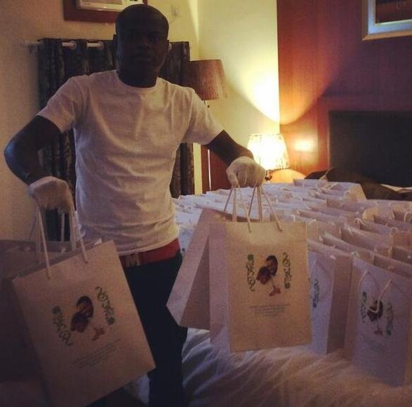 Goody bags from Malivelihood with customised iPhones given out at the wedding