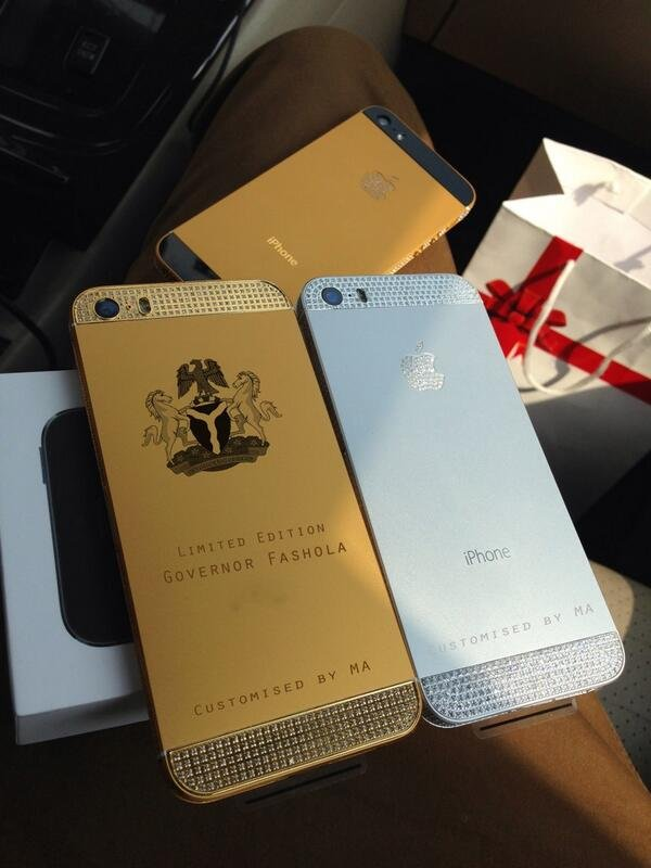Malivelihood customised phones for State Governors. Here is Lagos State Governor Babatunde Raji Fashola's customised phone