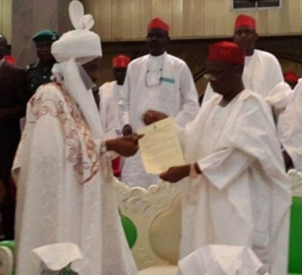 Emir Sanusi Lamido Sanusi receiving letter of appointment