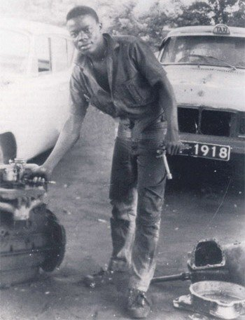 As a teenager, the King worked as a mechanic in Accra
