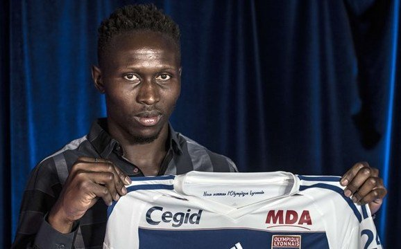 Yanga-Mbiwa targets EURO 2016 after joining Lyon