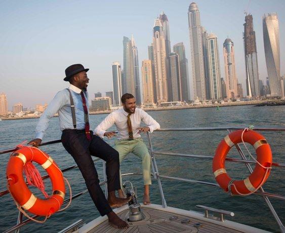 Jidenna - enjoying sights of Dubai