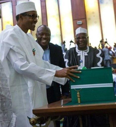 President Buhari presenting 2016 budget