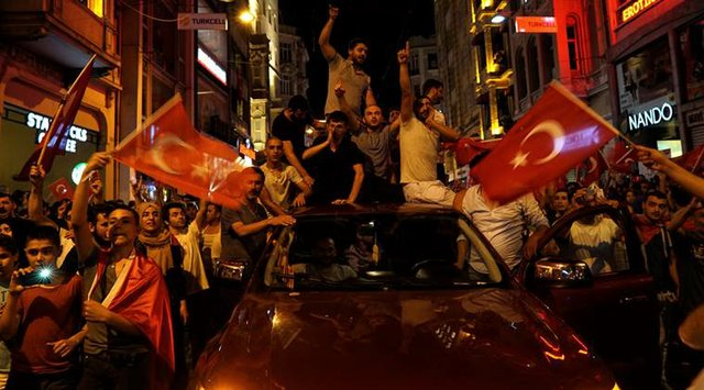 Turkish civillans took to the streets to resist the coup