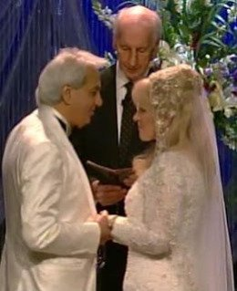 Benny Hinn remarries Suzanne after split
