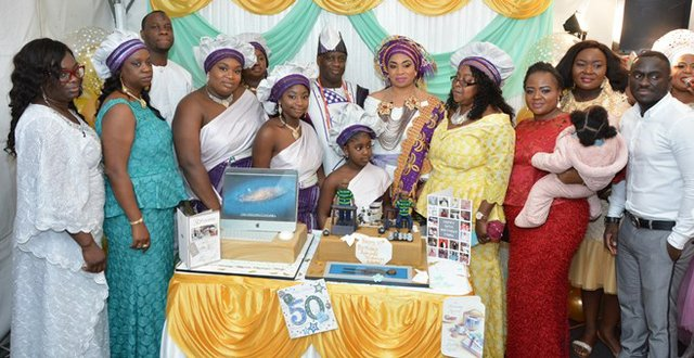 Mr and Mrs Adediji and extended siblings' family b.jpg