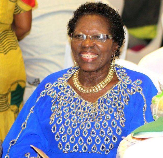 Rev Lola b.jpg