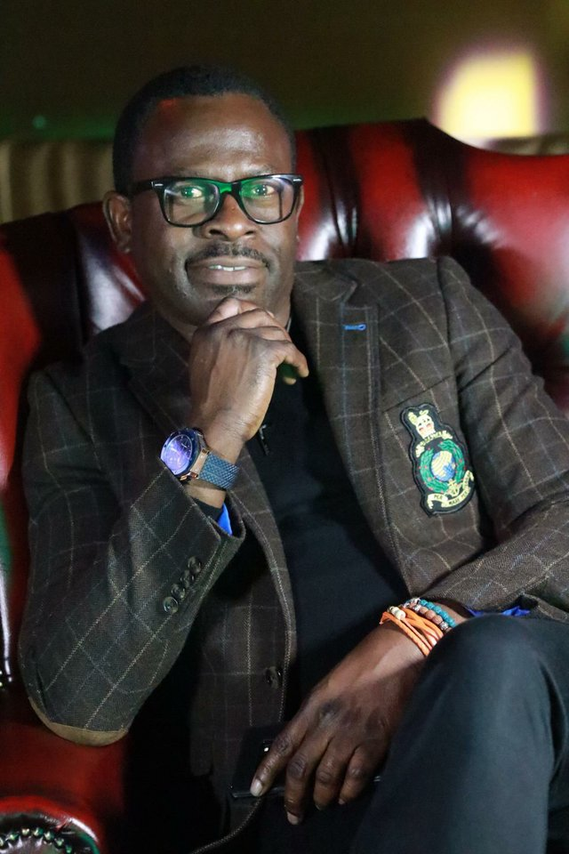 Tony Oshinibosi