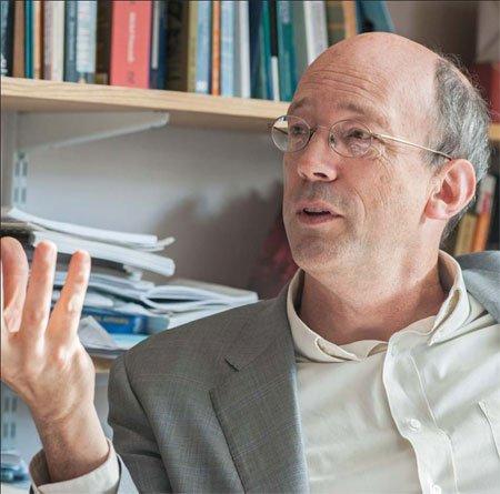 Dr Chris Alden