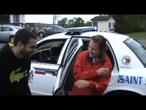 Marriage proposed during police 'arrest'