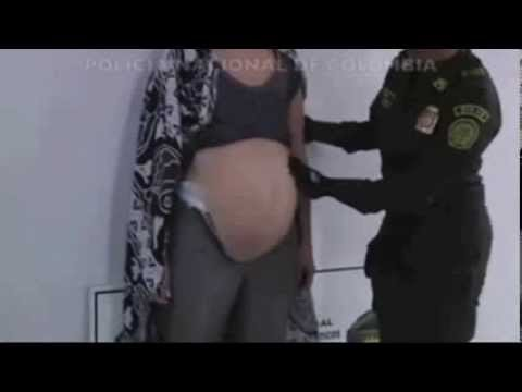 Women attempts to smuggle cociane with fake belly bump