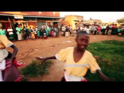500 Ugandan women lipdub Jessie J's Price Tag
